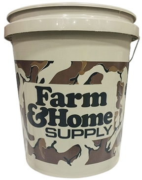 Camo 5 Gallon Bucket Farm & Home Supply Logo