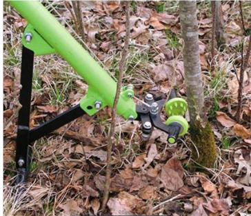 Fiberglass Ironclad Handled Brush Grubber BG-03