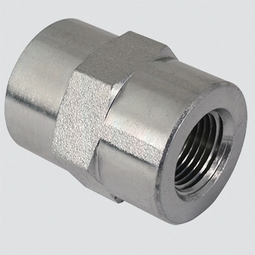 "Apache Style 5000 3/8"" Female Pipe Thread x 1/4"" Female Pipe Thread Hydraulic Adapter"