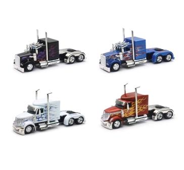 New Ray Toys USA Kenworth Custom Cab Trucks 1:43 Assorted