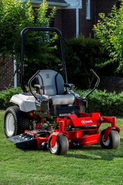 Exmark Radius E-Series Commercial Zero-Turn Riding Mowers RAE708GEM60300