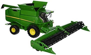 Ertl John Deere 1:32 Scale S680 Combine with Draper Head 46500