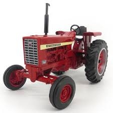 Ertl IH 756 Wide Front Tractor 1:16 Scale 44141