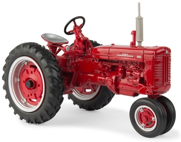 Ertl Farmall 200 Narrow Front Tractor 44104