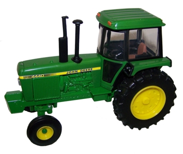 Ertl John Deere 1:32 Scale 4440 Tractor 45548