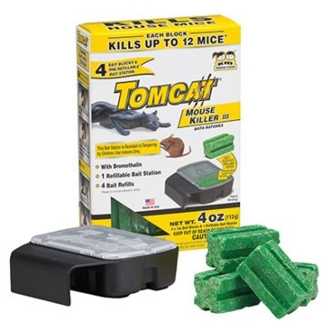 Tomcat Mouse Killer III Refillable Bait Stations with 4-1oz Bait Chunks 23704